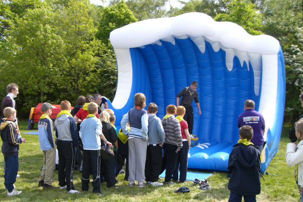 BOUNCY BOUNCE - RODEO RIDES / Rodeo Surfing Hire